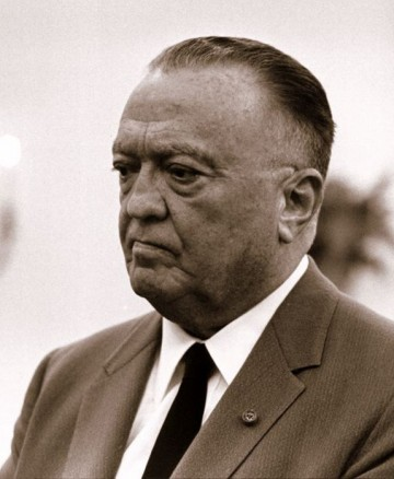 http://www.e-news.su/uploads/posts/2018-05/thumbs/1525914141_e-news.su_43602368_edgar_hoover.jpg